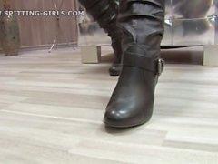 Cuspir-meninas-6