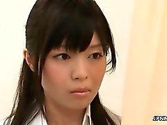 L'infirmière Japon mignons aime des se masturbant