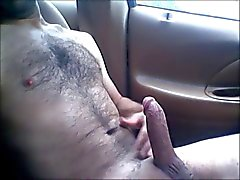 Nua de carro Jerking