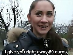 Real Amateur Tschechisch Slut Aruna Aghora gebohrte Barzahlung