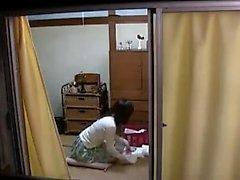 Chicas lésbicas japonesas en juguete divertido de medias
