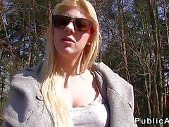 Ceco Amateur bionda pompa e sbattuto da boschi