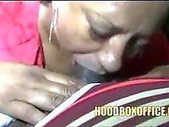 Real Black Mexikaner Granny genießen Sie wirklich junger fetten Schwanz Saugen