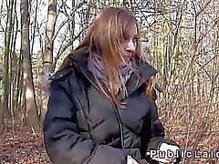 scopa la bellezza ceche per contanti nei boschi