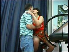 Mulheres maduras russa dando um boquete