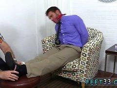 Gay Бангладеш ног мальчика впервые Чейз Лашанс связанный , G