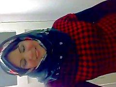 Arap Hijabi Whore 3 Dancing