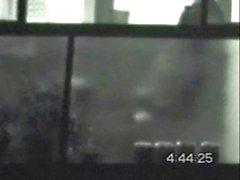 Boy balkona geceleri penis dokunmadan yakalananın