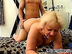 Mollige Granny gefickt werden Doggystyle