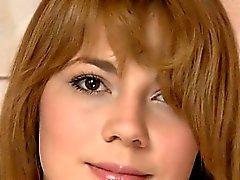 Волосатая девушка от Польши теребя вагина