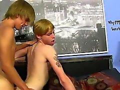 Черный гей Порнозвезды порно мальчика и мускулы фетиша Ником