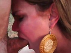 Lascive shemale eating huge dick with lust