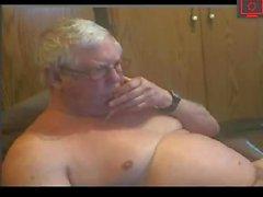 büyükbaba onun dick heyecanlandırıyor