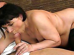 Dona de casa excitado fantástico o orgasmo