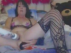 Kinky Granny Anal And Pussy Onani