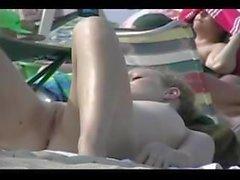 Nude Beach - Algunas escenas favoritas