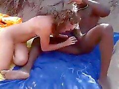 Diletantes Follando interraciales playa nudista