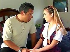 Niñera y FUERA ella padre