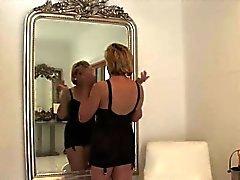 Betrügen britische reife Dame sonia flaunts ihre schweren Titten