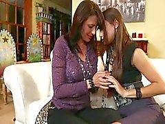 Lesbiennes praktijk hun huwelijksnacht