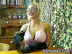 Juicy Smoking Chick Wild XXX
