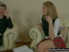 Bellissima girl fucked in culo