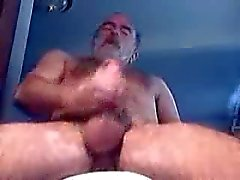 Oude man klaarkomen
