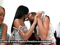 Aly et d'Irie ana Irene jeunes lesbos au d'amateur baiser et se masturber