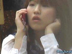 Japanische teen public piss