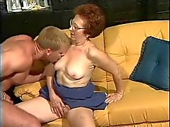 Alman büyükanne ve genç sevgilisi