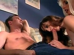 Amateur Cuckold MMF Threesome with Creampie lick up
