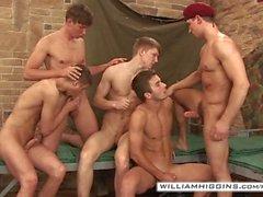 5 militärischer Hunks Gruppen Orgy - Teil 2