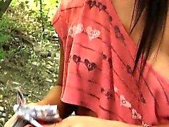 Марии Fiori заработанные 100 баксов за секс в лесу