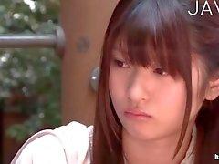Японец подростка пальца трахаться в классной комнате