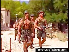Armee Burschen aufweist brutal Homosexuell Sex