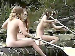 голые добраться на лодке - киска в awaite вас от общения меня по крайней новый