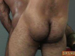 Muskelbjörn flip flop och anal cumshot