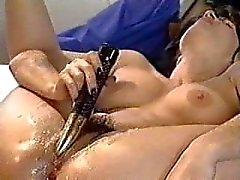 Della Madonna età 18 orgasmo delle ragazze fontana