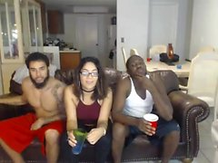 Hot interrazziale Trio in webcam Visualizza