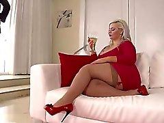 Klaudia Kelly - Gordita tetona con dos moreno