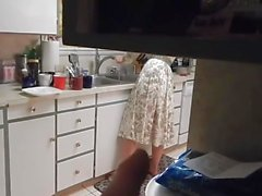 veli vitun sisko ollessaan puhelimessa äidin kanssa