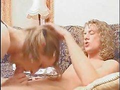 Lisa coeur Femboy Damien ont des relations sexuelles