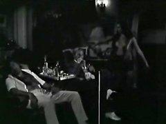 Exi Diestrammenes Zitoun Delofono Greek 1976