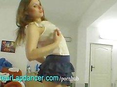 Amateurs lapdances la beauté russes à horny guy