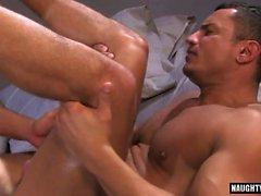 Латинский гей оральный секс с Сперма