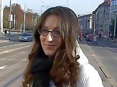 Ceco dilettanti Monika viene raccolto dalla tor