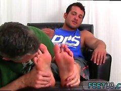 Peludas pernas nuas adolescentes meninos gay Marinha Ned domina Me Wit