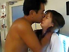 Enfermera japonesa de AV del modelo está jodido oral como a de Cooter con