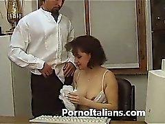 Segretaria Итальянка bocchinara - итальянской секретаря Миньеты