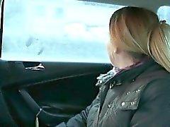 Divorziata donna di inculare da il driver un biglietto gratis